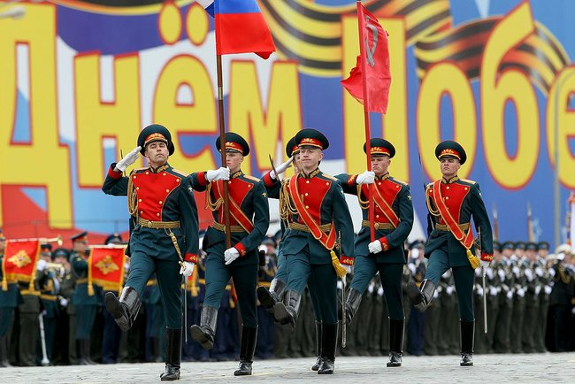 2010_Moscow_Victory_Day_Parade-1