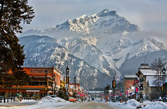 banff-avenue-in-winter